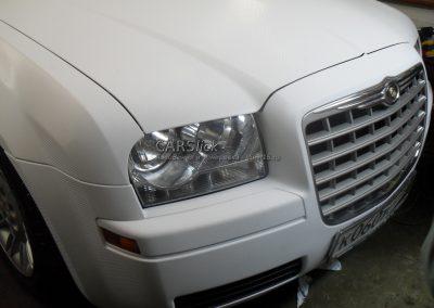 Полная перетяжка белым карбоном 3D авто Chrysler 300c