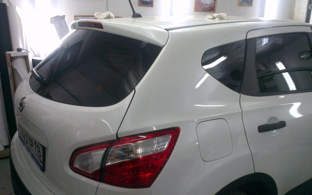Тонировка стекол автомобиля Nissan Qashqai в Казани, июнь 2013