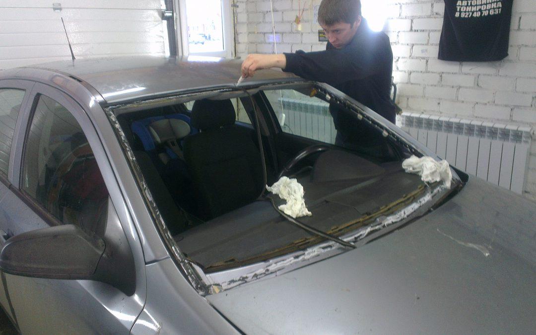 Mitsubishi Lancer 9 и Opel Astra — замена лобового стекла на авто — декабрь 2013