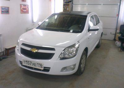Оклейка авто Chevrolet Cobalt для такси в Казани — март 2014