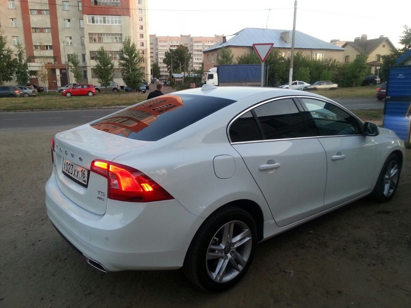 Volvo — тонировка стекол авто, август 2014