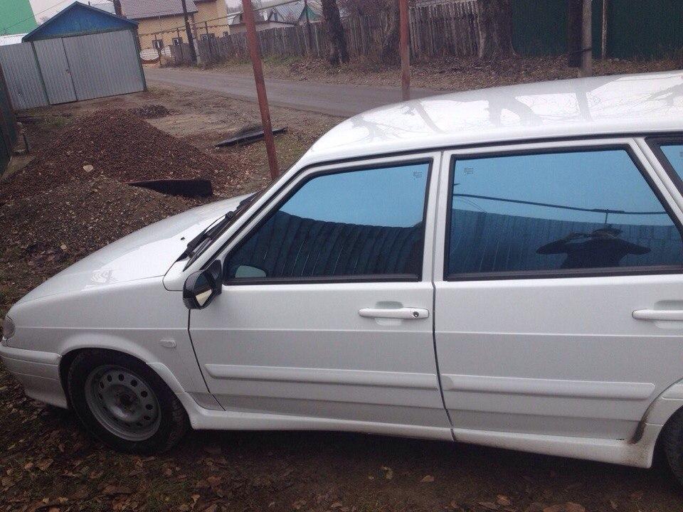 ВАЗ 2114 — тонировка стекол автомобиля пленкой дубай