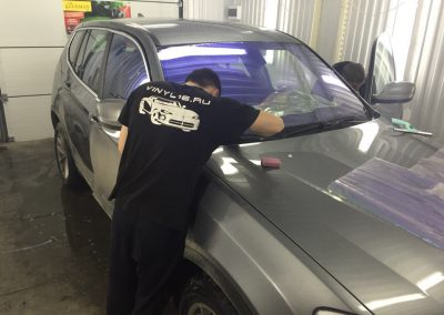 Тонировка всех стекол BMW X3 пленкой хамелеон UltraVision