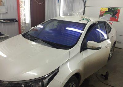 Тонировка автомобиля Toyota Corolla пленкой хамелеон