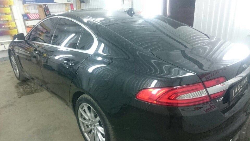 Тонировка стекол автомобиля Jaguar пленкой Global