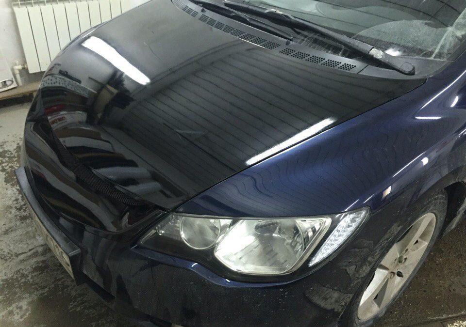 Оклейка крыши, капота, и решетки радиатора в чёрный глянец пленкой KPMF Premium — Honda Сiviс