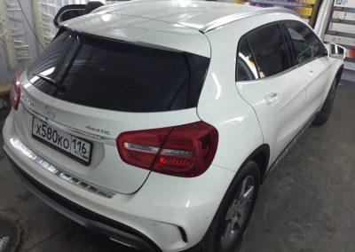 Тонировка задних стёкол 95% пленкой Johnson — Mercedes GLA