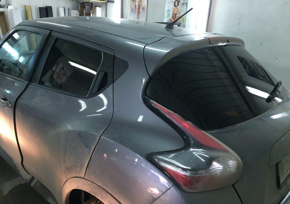 Тонировка задних стёкол 95% пленкой Johnson — Nissan Juke