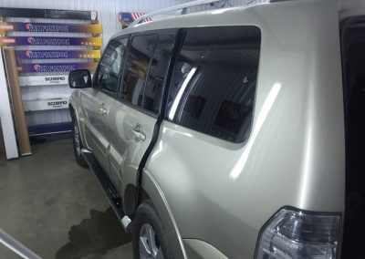 Тонировка задних стёкол 95% пленкой Global — Mitsubishi Pajero