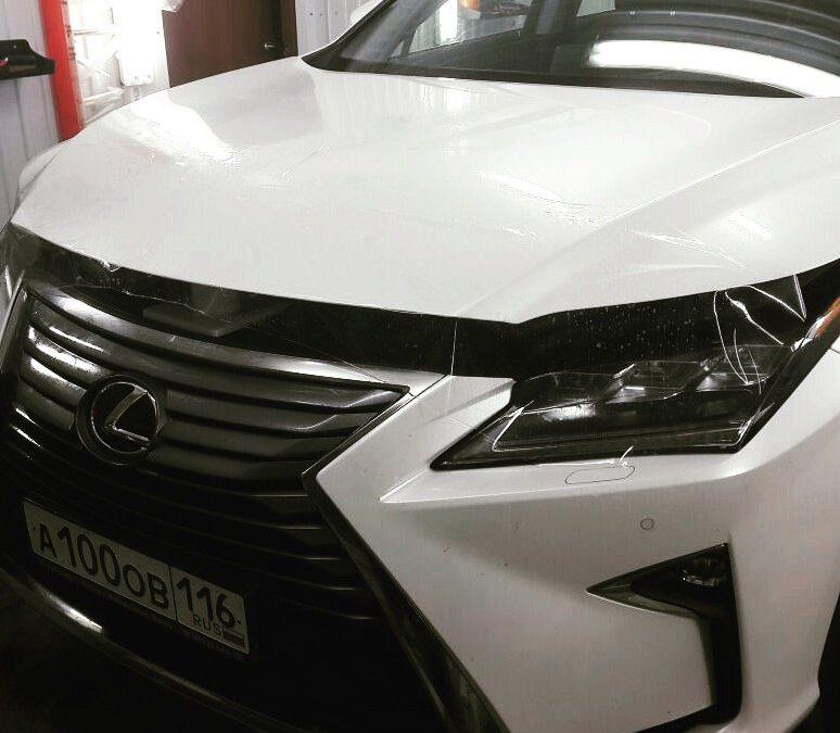 Бронирование передней части полиуретановой пленкой — Lexus NX200