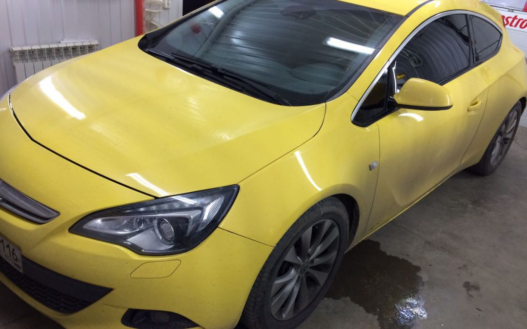 Тонировка стёкол пленкой SunControl 95% — Opel Astra GTC