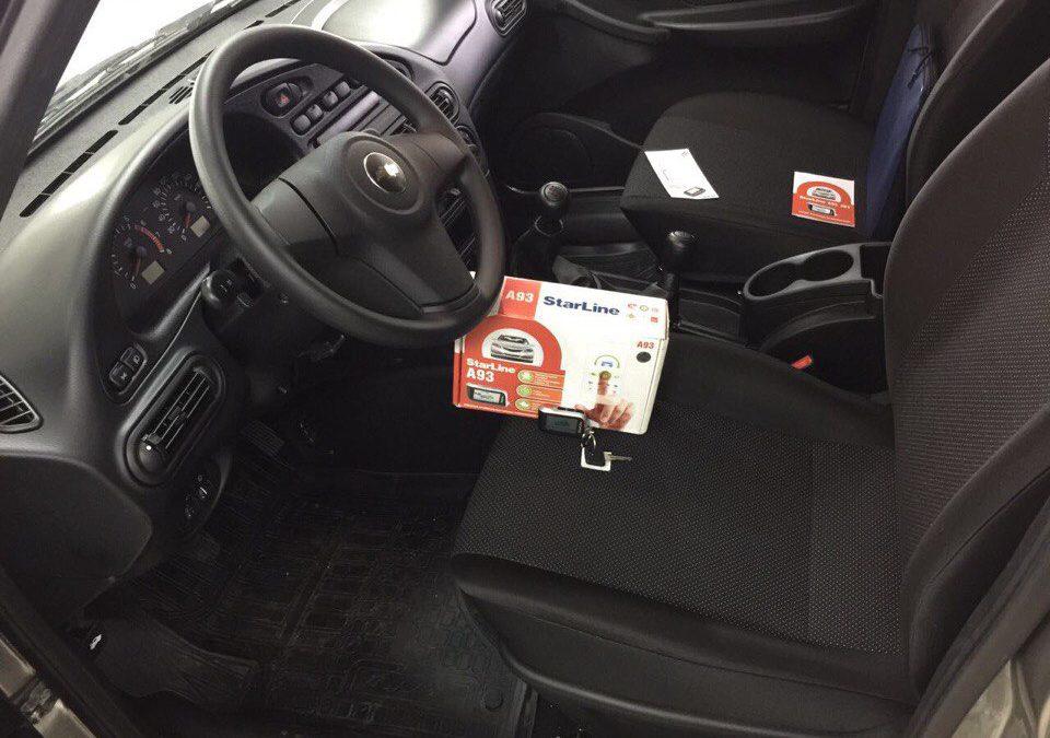 Установка сигнализации с автозапуском StarLine A93 на автомобиль Chevrolet Niva