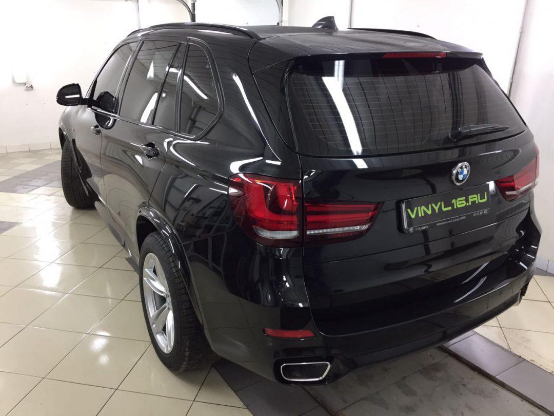 Бронирование кузова BMW X5M  защитной полиуретановой плёнкой Hexis Bodyfence