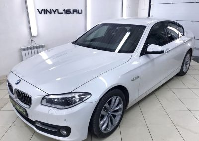 Тонировка стёкол плёнкой SunControl 50% автомобиля BMW 5
