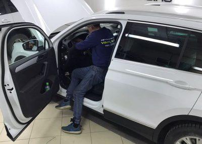 Установка сигнализации Starline A93 на автомобиль Volkswagen Tiguan