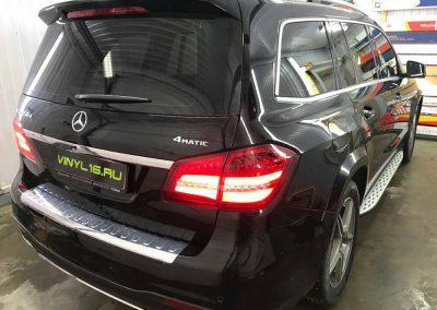 Комплексное бронирование полиуретановой пленкой Hexis Bodyfence и тонировка задней части плёнкой Johnson 80% — автомобиль Mercedes GlS