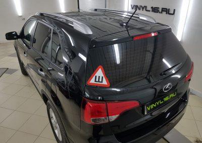 Тонировка стёкол плёнкой Johnson 95% — автомобиль Kia Sorento