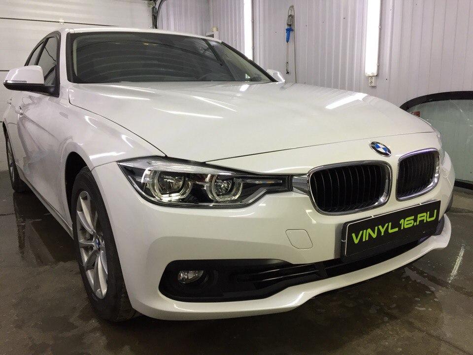Комплексное бронирование антигравийной пленкой и тонировка стёкол — BMW 3 серии