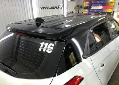 Оклеили крышу и стойки черной глянцевой пленкой KPMF премиум — Hyundai Creta