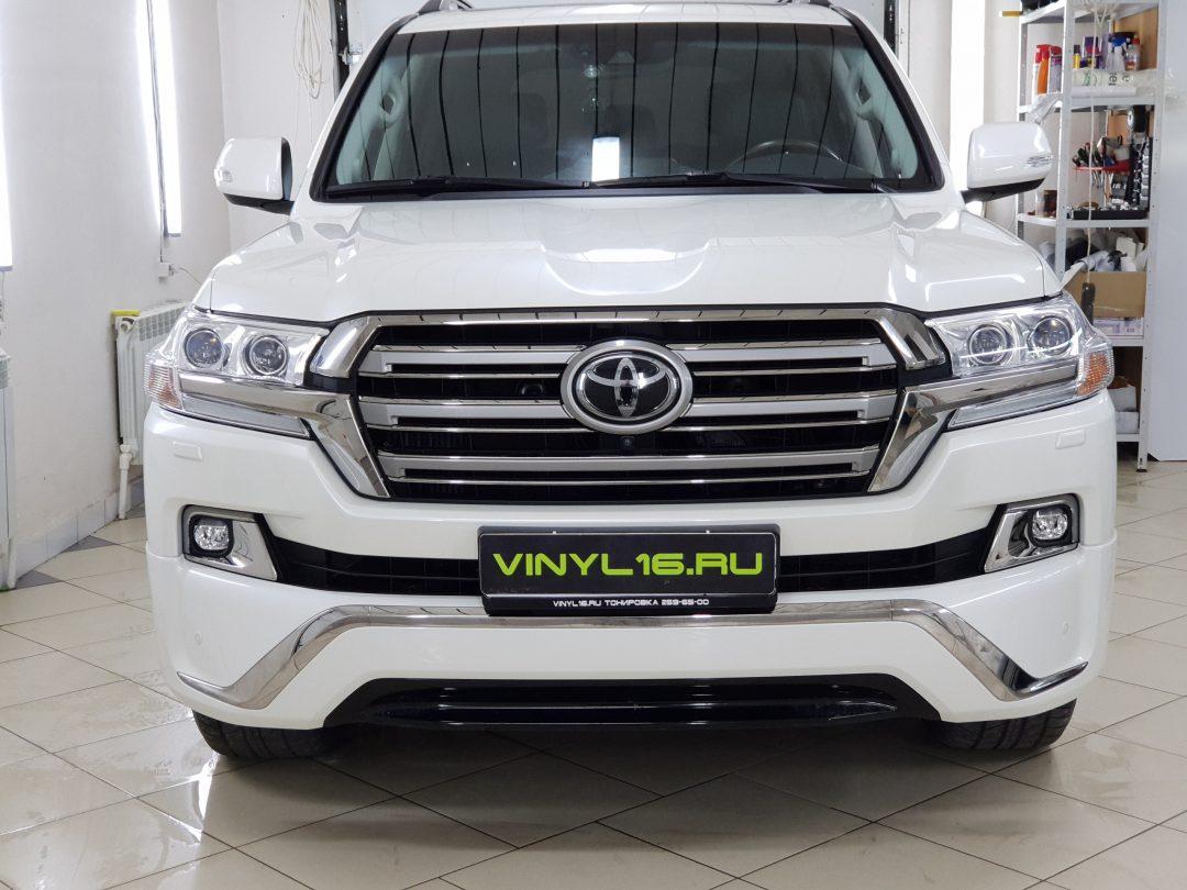 Выполнили комплексное бронирование кузова полиуретановой пленкой Hexis Bodyfence — Toyota Land Cruiser 200