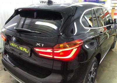 Тонировка задней части авто плёнкой Johnson 95% — BMW X1