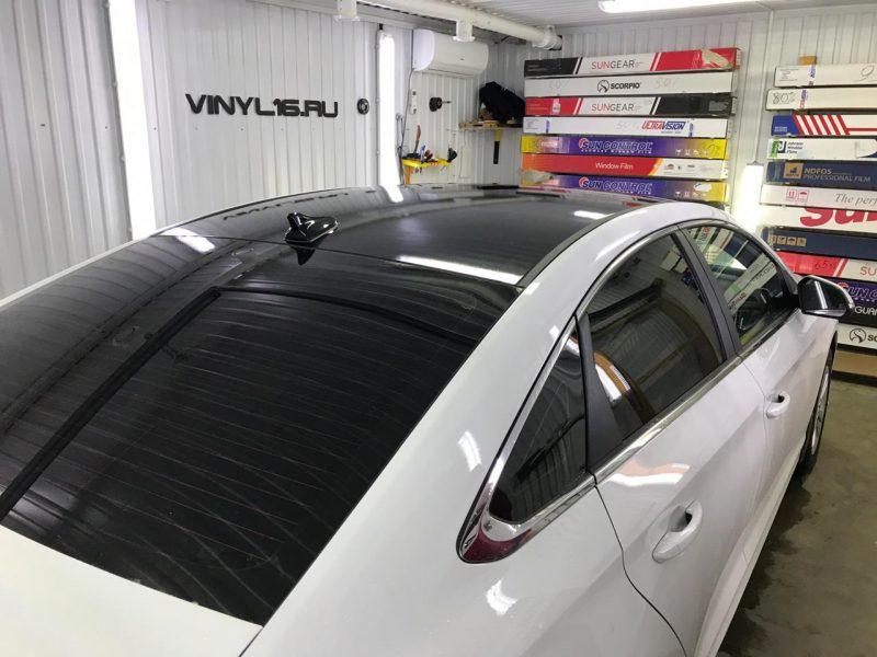 Оклеили крышу в чёрную глянцевую пленку KPMF premium — Hyundai Sonata