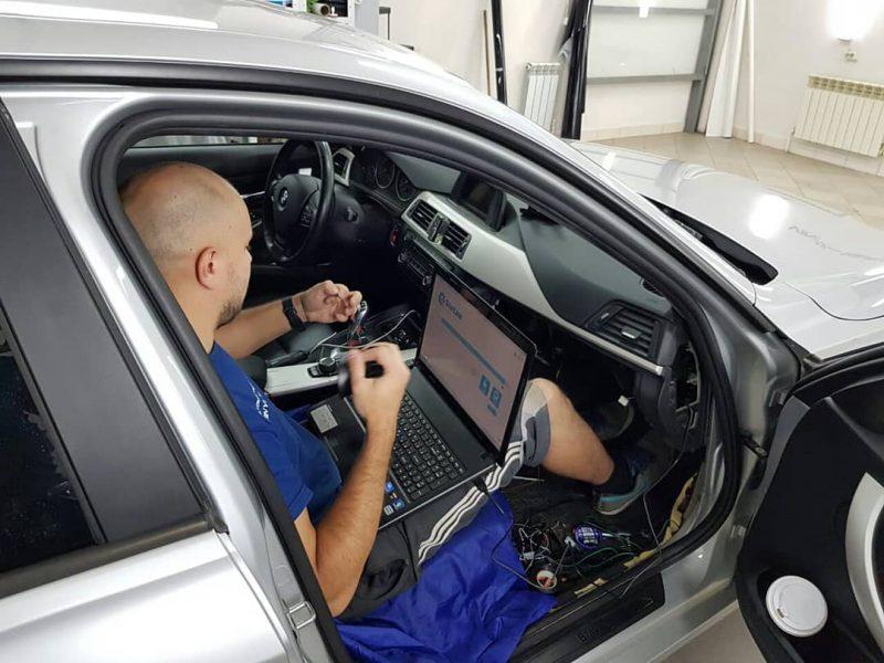 Авторская установка охранно телематического комплекса StarLine S96 2Can 2Lin GSM — BMW 3