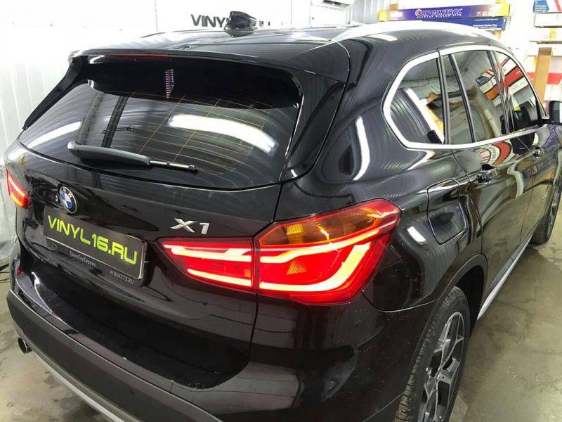 Тонировка задней части пленкой LLumar 95% и Тонировка передних стёкол плёнкой Armolan 20% — BMW X3