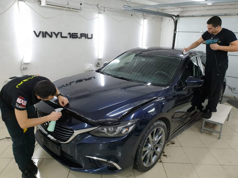 Полное бронирование антигравийной плёнкой автомобиля Mazda 6