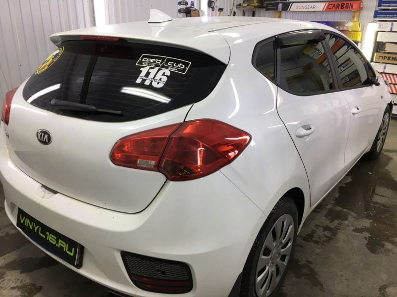 Затонировали заднюю часть плёнкой NDFOS 95% на автомобиле Kia Ceed