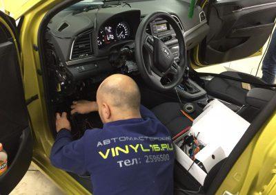 Установка автосигнализации Starline A93 2Can2Lin с дистанционным запуском двигателя на Hyundai Elantra
