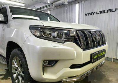 Комплексное бронирование кузова антигравийной плёнкой — автомобиль Land Cruiser Prado