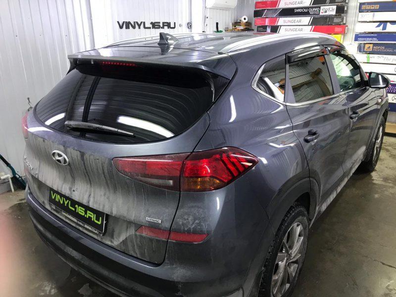 Затонировали заднюю часть плёнкой SunTek 95% — автомобиль Hyundai Tucson