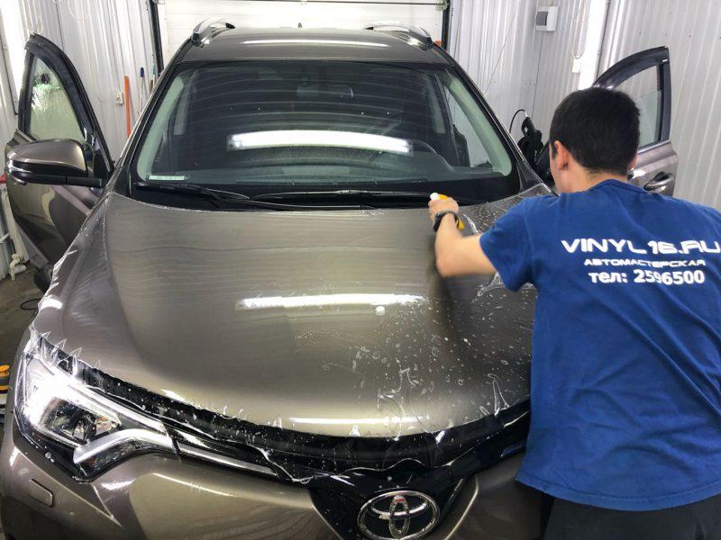 Автомобиль Toyota Rav 4 — защита кузова полиуретановой плёнкой Hexis Bodyfence
