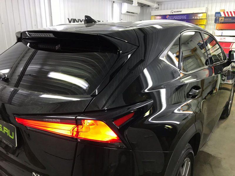 Затонировали заднюю полусферу металлизированной плёнкой премиум класса с отличной видимостью NDFOS 95% — Lexus NX200