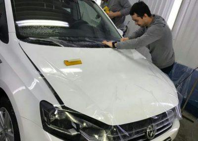 Комплексное бронирование кузова антигравийной плёнкой — автомобиль Volkswagen Polo