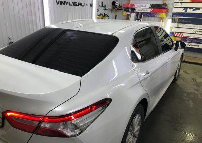 Затонировали автомобиль Toyota Camry плёнкой LLumar 95% & LLumar 50%, плёнка премиум класса