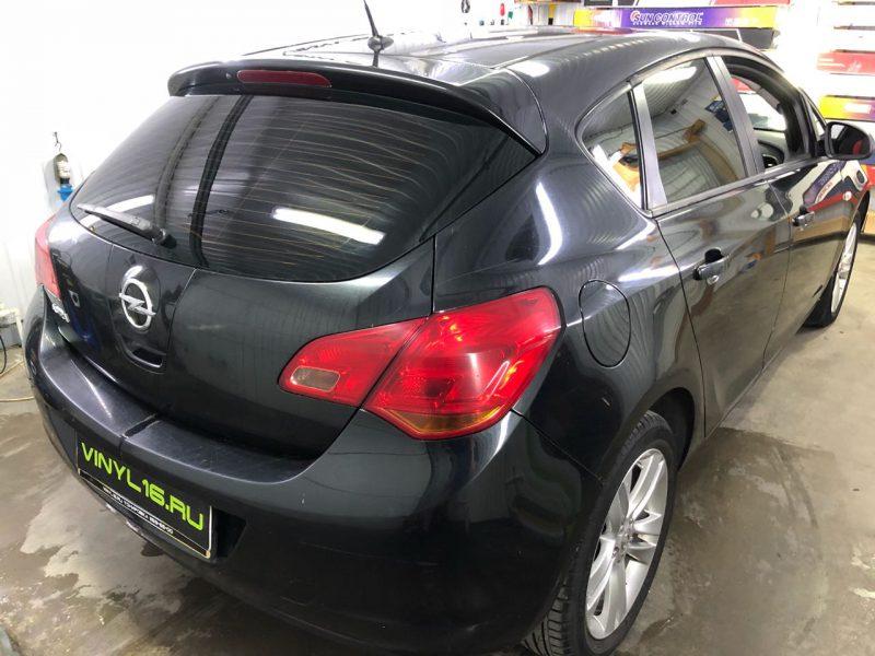 Тонировка пленкой NDFOS 95% стекол автомобиля Opel Astra