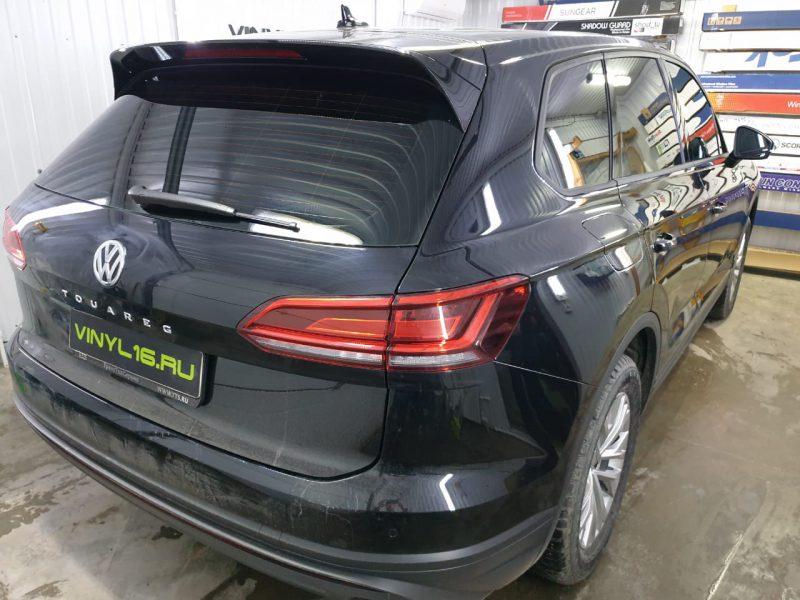 Тонировка задних стекол LLumar 95%, тонировка передних стёкол плёнкой LLumar 50% — автомобиль Volkswagen Touareg !