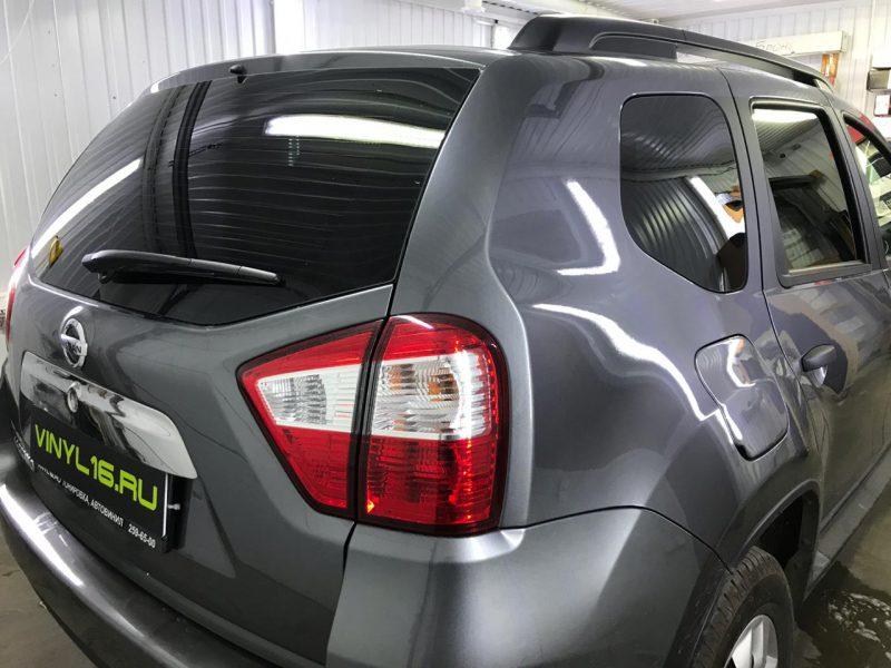 Затонировали заднюю полусферу плёнкой с отличной видимостью NDFOS 95% — автомобиль Nissan Terrano