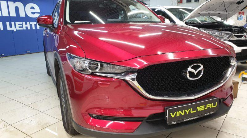 Mazda CX 5 — бронирование антигравийной пленкой капота, бампера и фар полиуретановой пленкой, тонировка