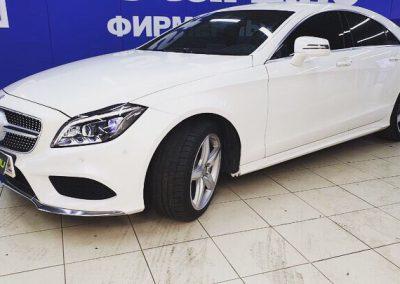 Mercedes-Benz CLS-Class — забронировали фары прочной полиуретановой пленкойHexis Bodyfence, тонировка стекол пленкой Shadowguard85%