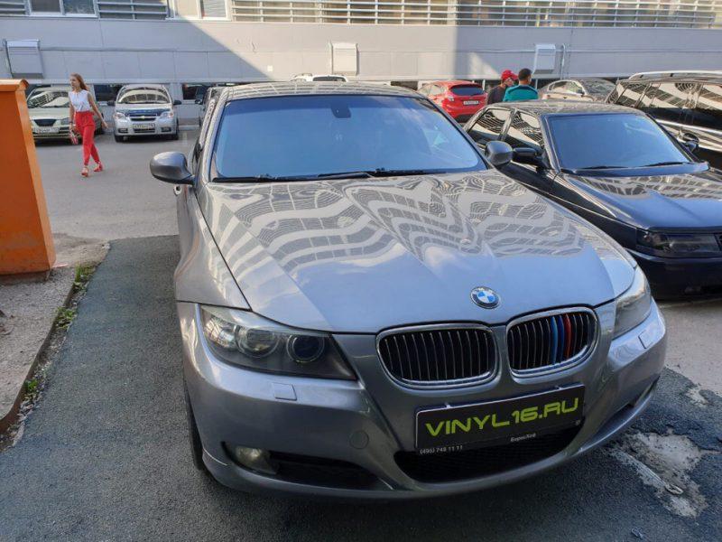 Тонировка стекол BMW 3 серии атермальной пленкой Ultra Vision Mystique Light