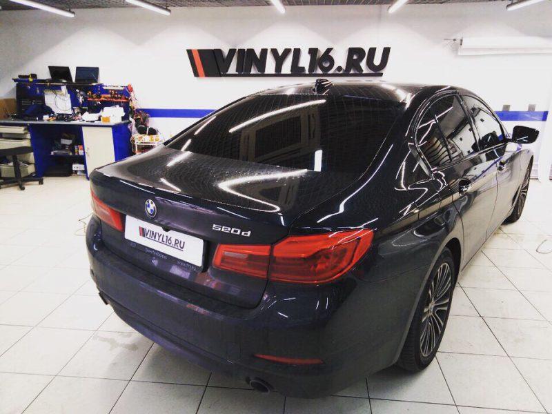 Тонировка стекол автомобиля BMW 5 серии пленкой Shadow Guard