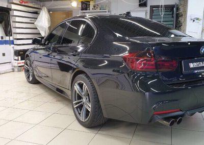 Демонтаж старой пленки и очередная тонировка пленкой Llumar — BMW 3 серии