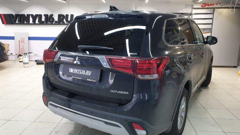 Mitsubishi Outlander — тонировка стекол автомобиля пленкой Llumar