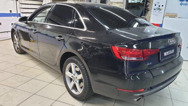 Тонировка стекол автомобиля Audi A4 пленкой Johnson