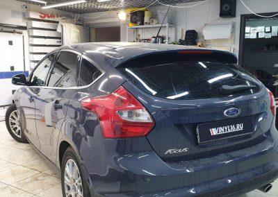 Ford Focus — тонировка стекол автомобиля пленкой Carbon