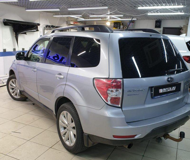 Subaru Forester — тонировка задних стекол автомобиля пленкой Shadow Guard