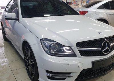 Тонировка всех стекол пленкой PREMIUM класса Llumar — Mercedes С200